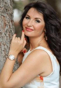 Spännande kvinnor från Ukraina | online ukrainsk dejting med snygga ukrainska tjejer | Elena 41 letar efter man på 35-50 |